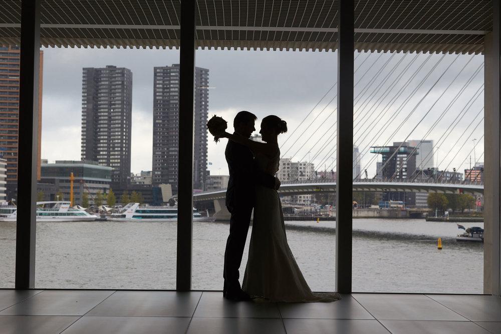 trouwshoot, bruidsfotografie in Rotterdam, de gaafste trouwlocaties in Rotterdam