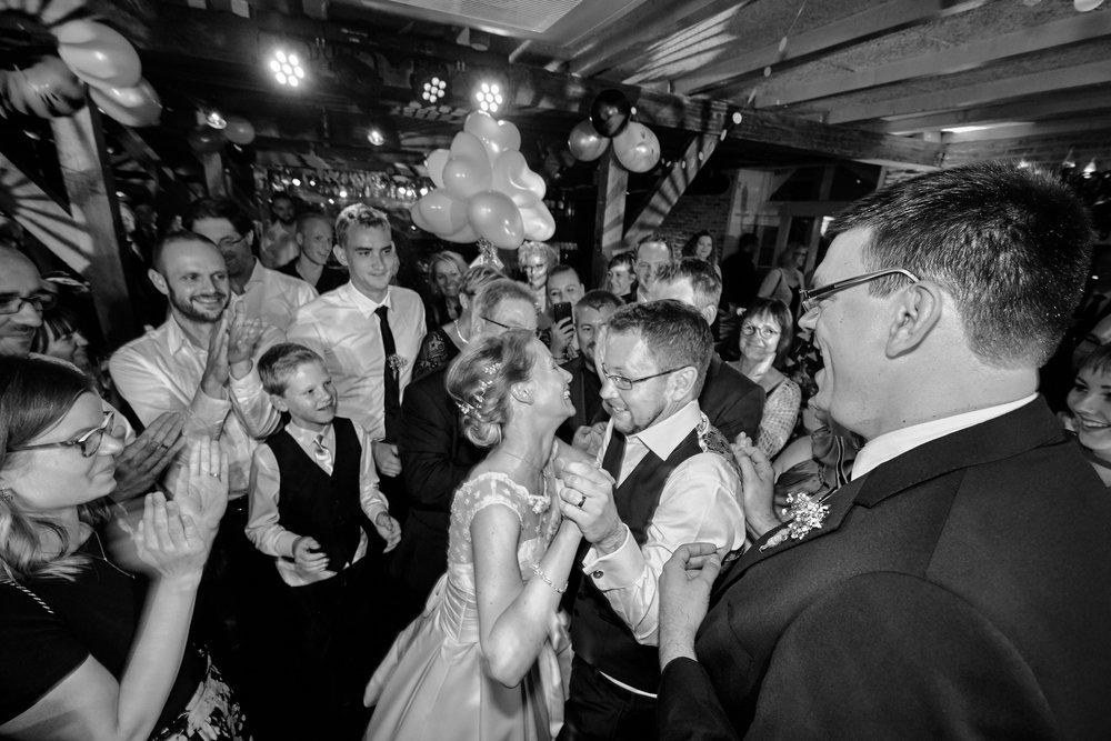 bruidsfotografie-trouwreportage-duivenvoorde-viersprong-Carlette-Thomas-00034.jpg