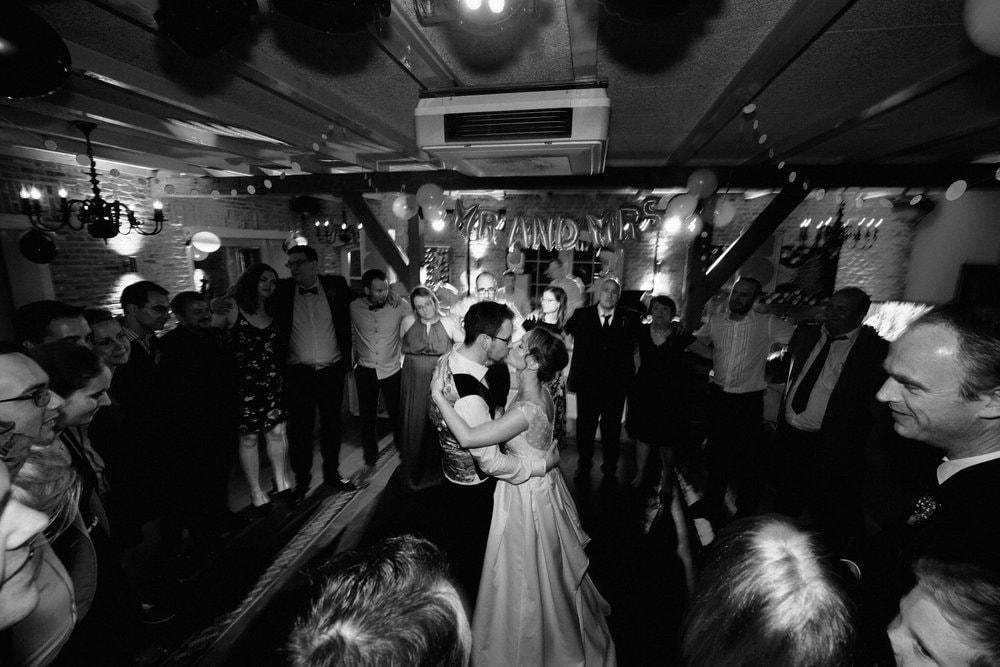 bruidsfotografie-trouwreportage-duivenvoorde-viersprong-Carlette-Thomas-00044.jpg