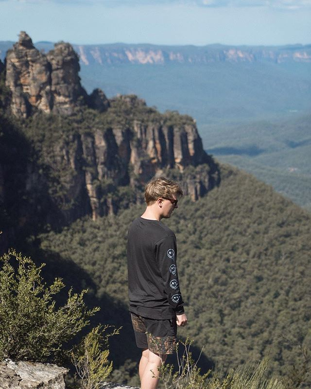"""Go where you feel most alive"". Blue Mountains you have blown my mind. We caught the central train from right outside @wakeupsydney to this vast mountain range."