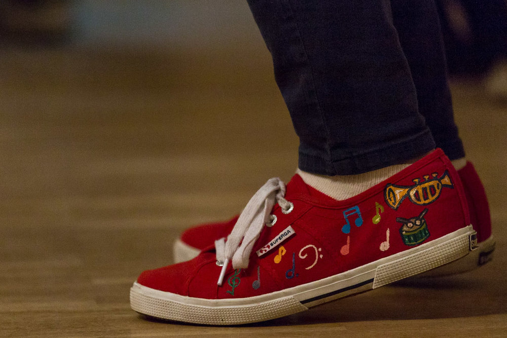 Jazzy Red Shoes at The Revival in Malmø - [200mm f4 1/100 iso1600]