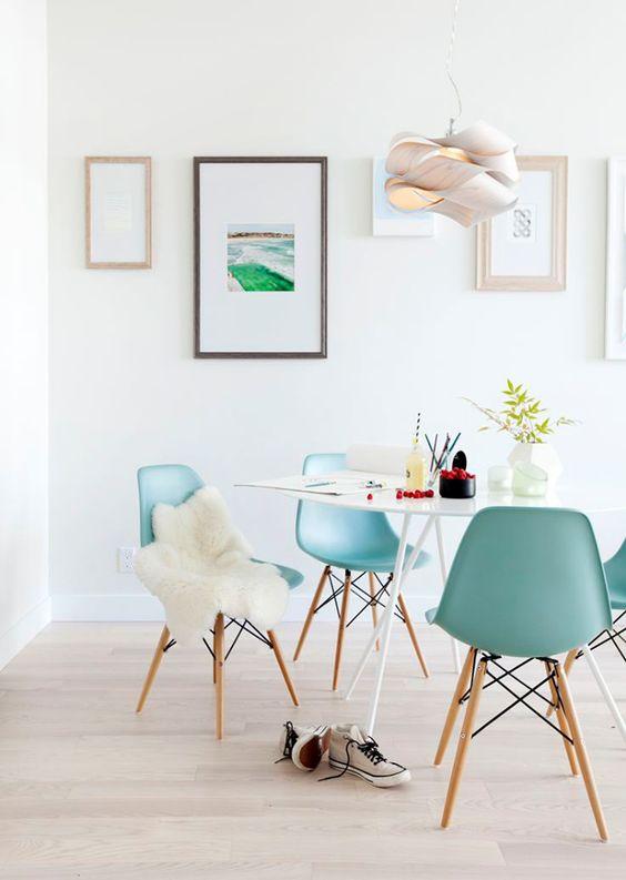 Kleur in de stoelen