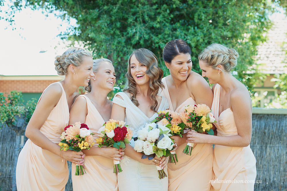 bird-in-hand-wedding-photography01