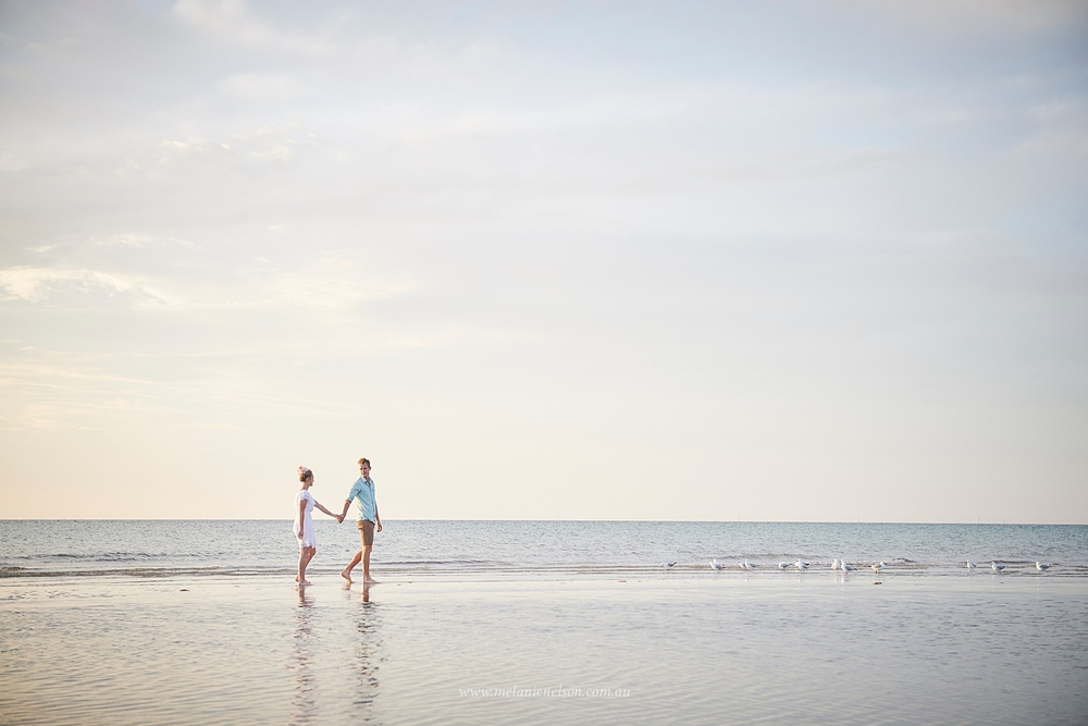 beach_engagement_photography_adelaide_0008.jpg