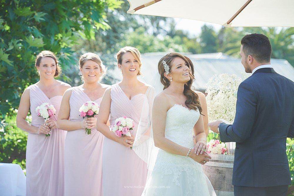bird_in_hand_wedding_008.jpg