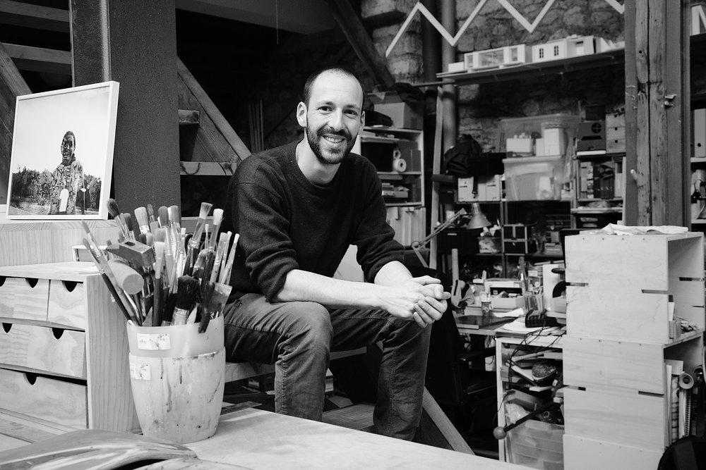 Maxime dans son atelier collectif, le Lavoir - Photo Linda Leonard