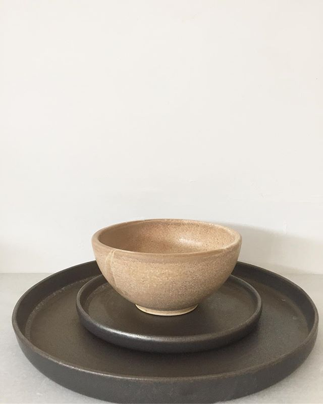 More sets soon available at my e-shop www.hojiceramics.com  #ceramica #ceramics #wheelthrown #pottery #platesforchefs #handmadeinbarcelona #poblenou