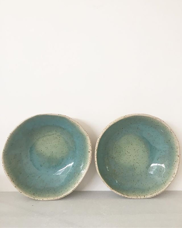 Speckled clay blue bowls 🌊 #ceramica #ceramics #pottery #handmadeinbarcelona #ceramique