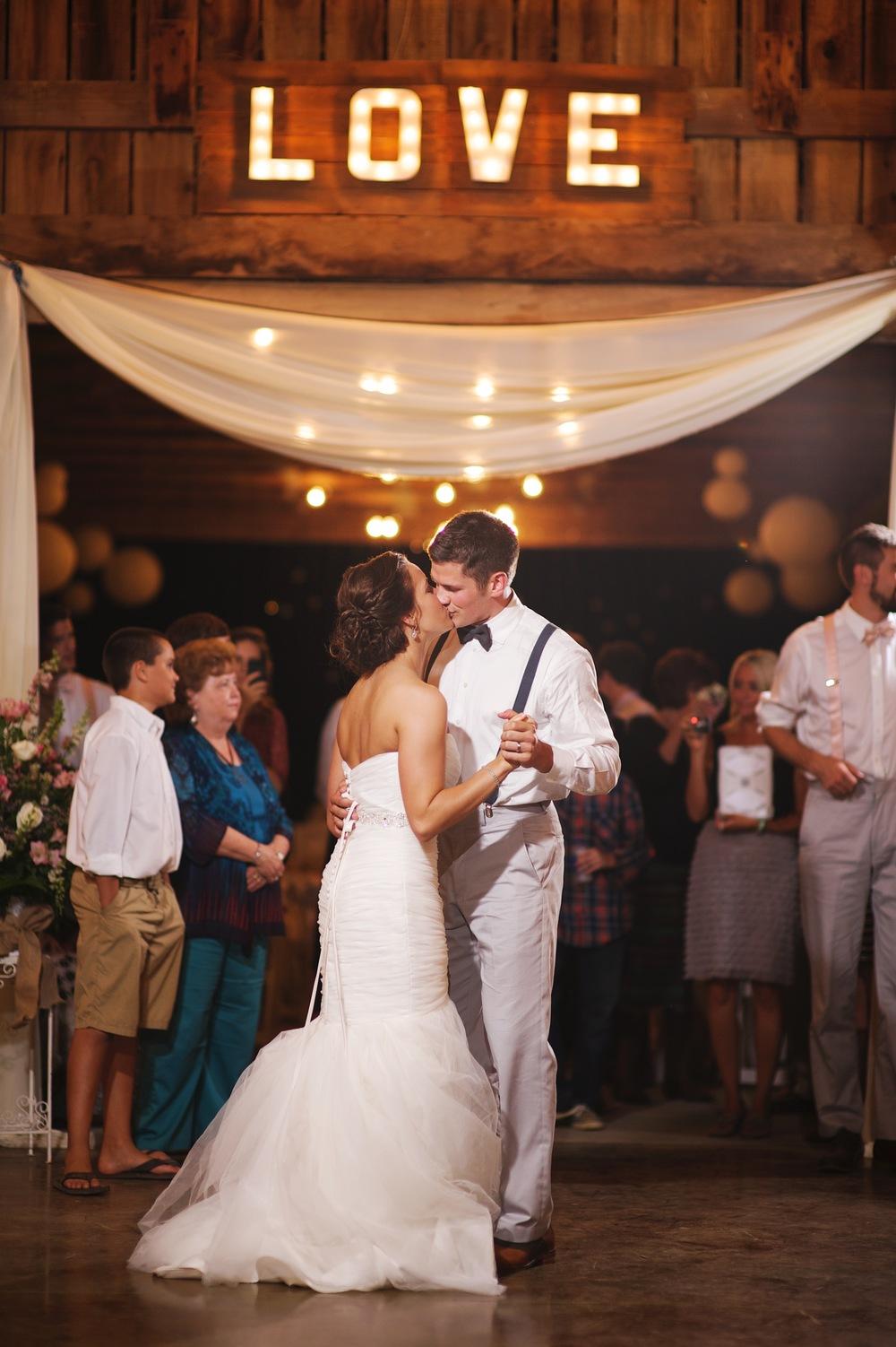 Nashville wedding photographer 90.jpg