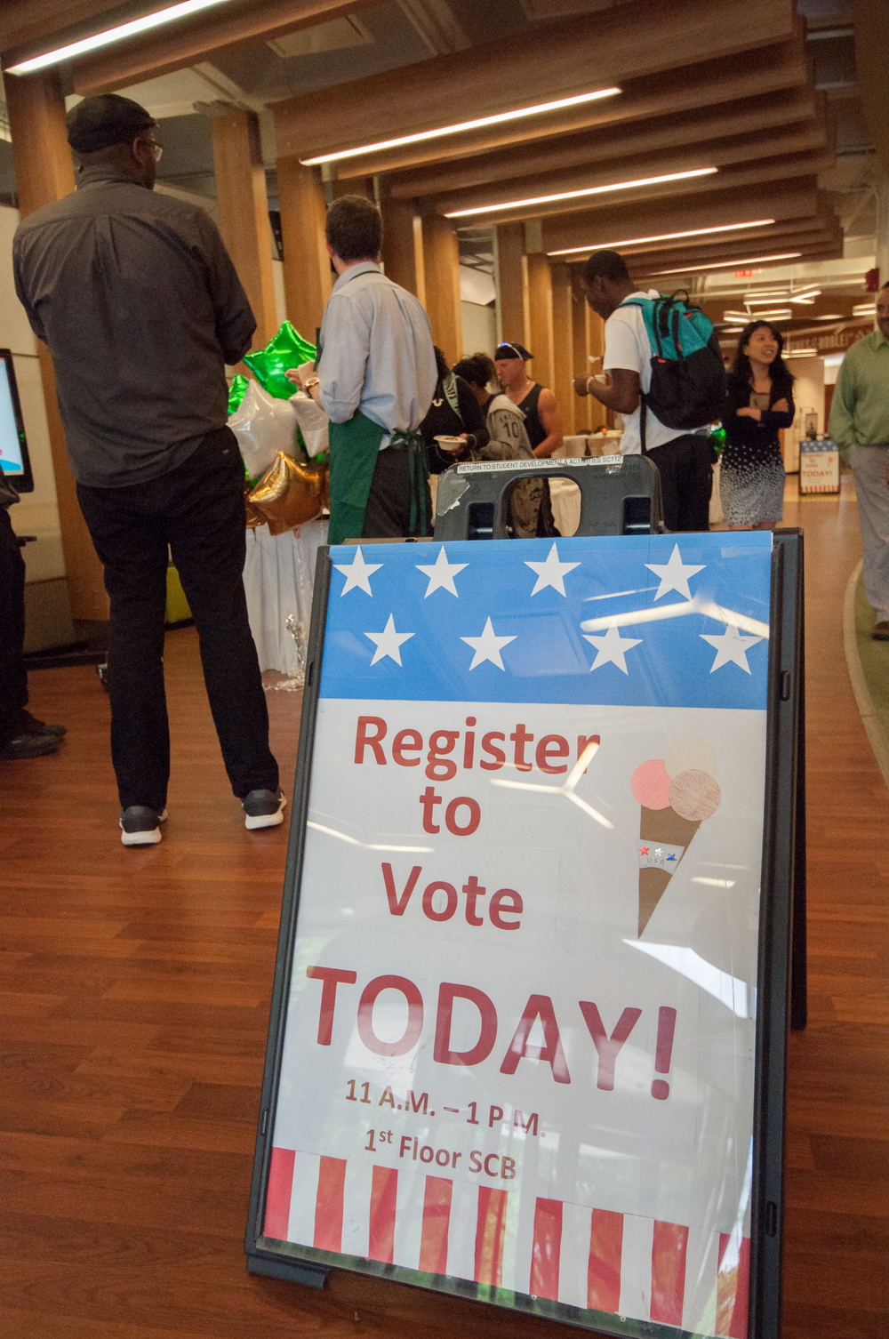 Voter registration drive at Washtenaw Community College.