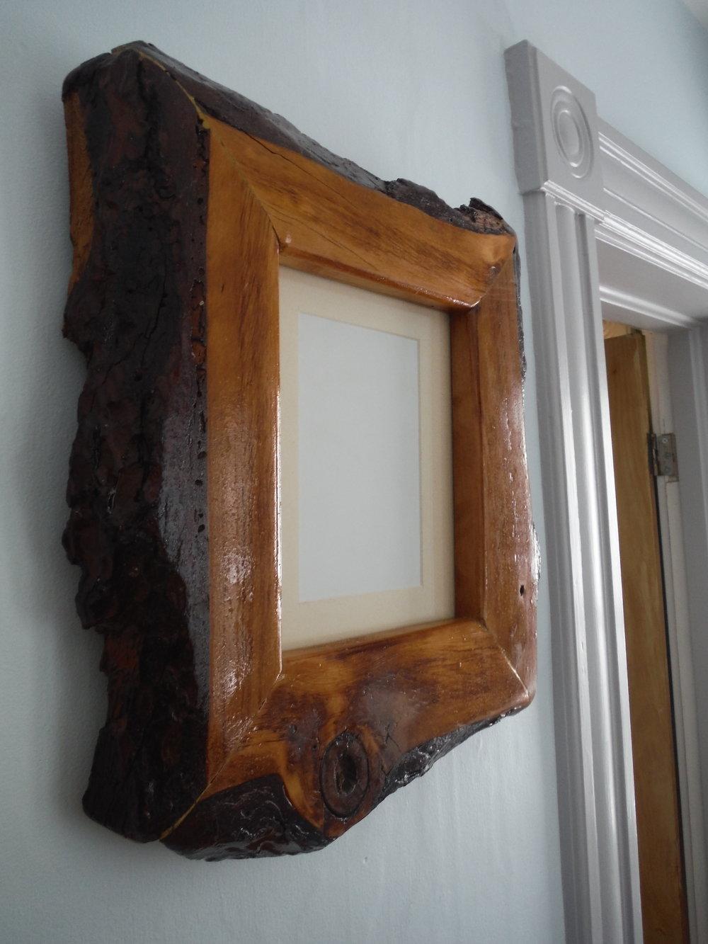 LiveEdge Frame