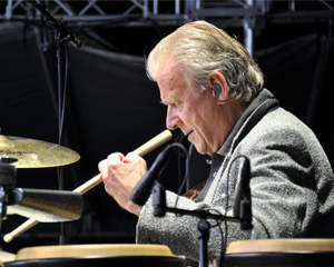 Gilson Lavis  Jools Holland Rhythm & Blues Orchestra Shaw 5B