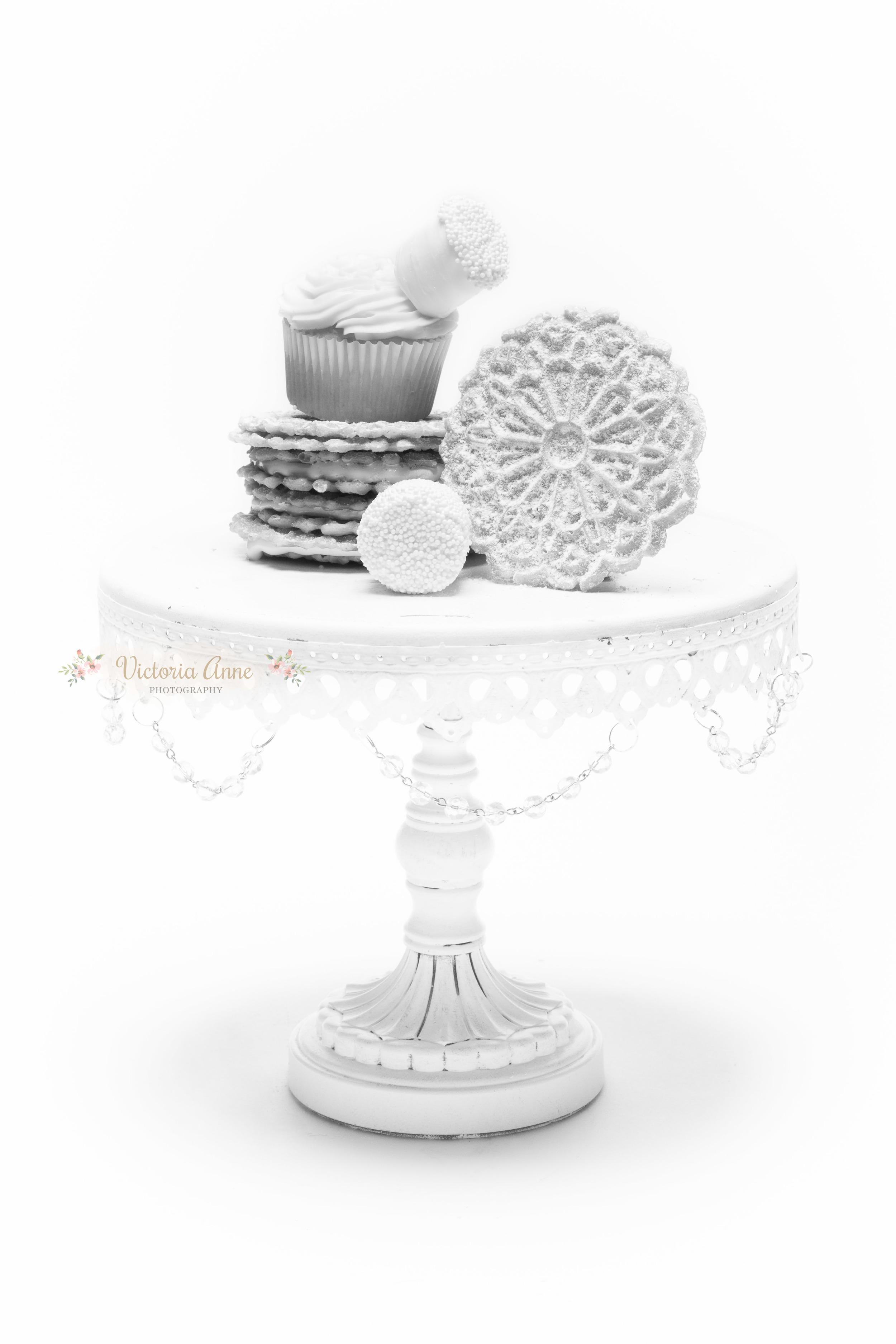 20151021-White on white-2012