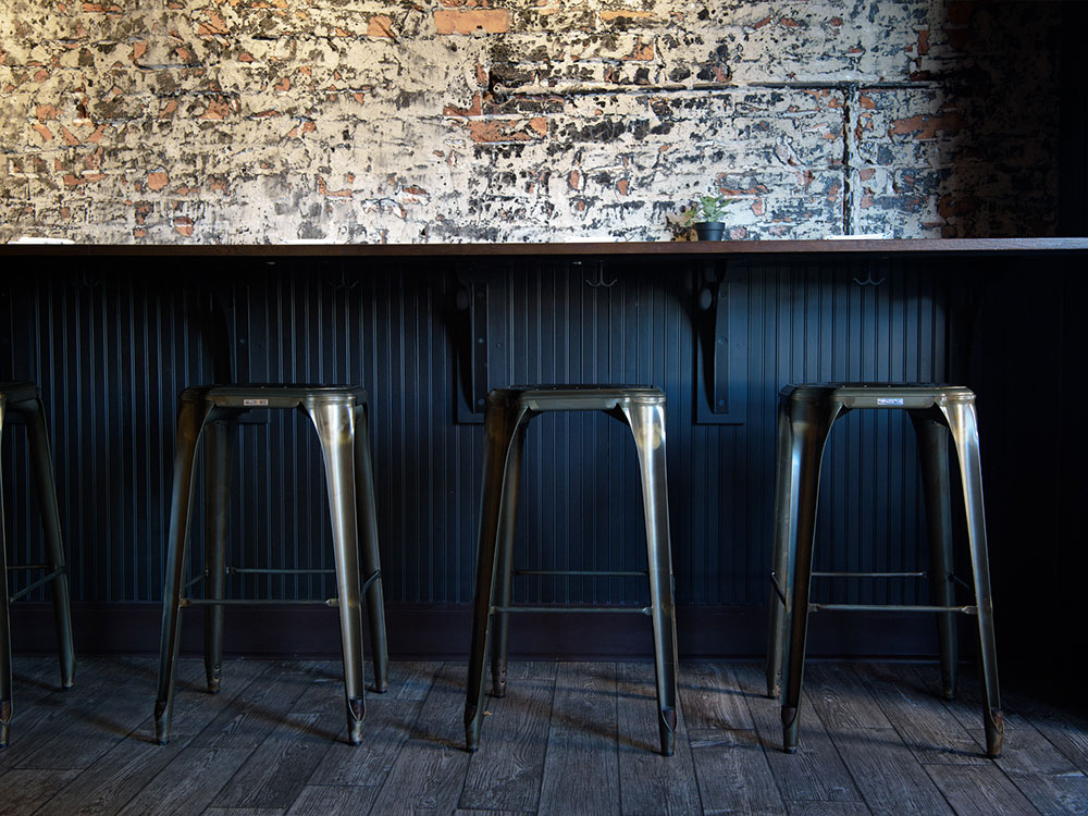 DDC_section_pg_gallery_bar_stools.jpg