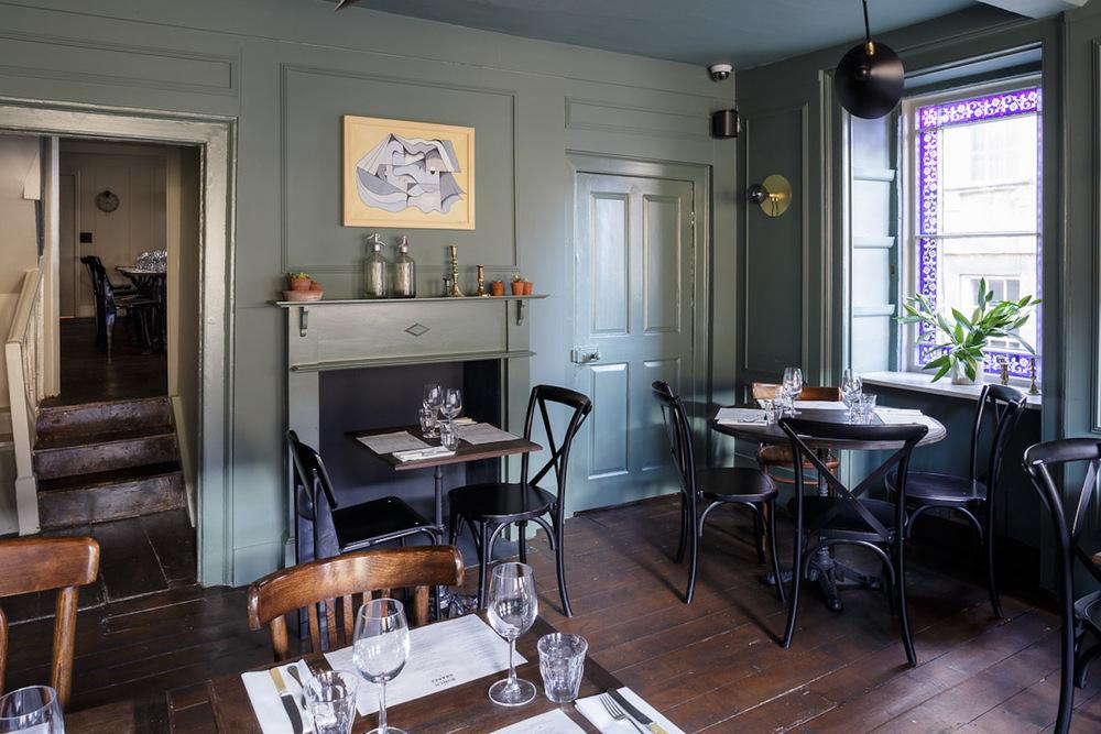 Front-dining-room-5.jpg