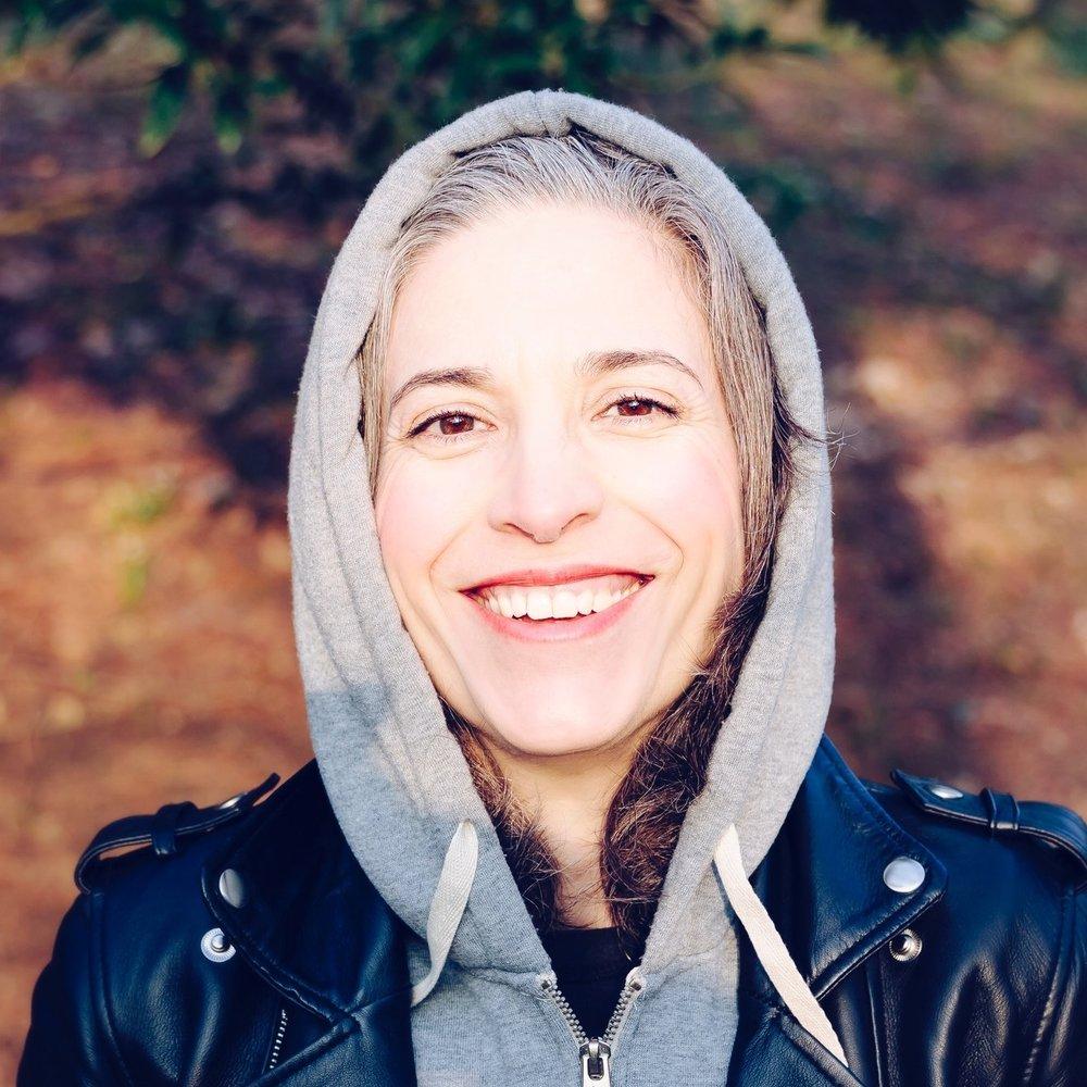Sara, 38