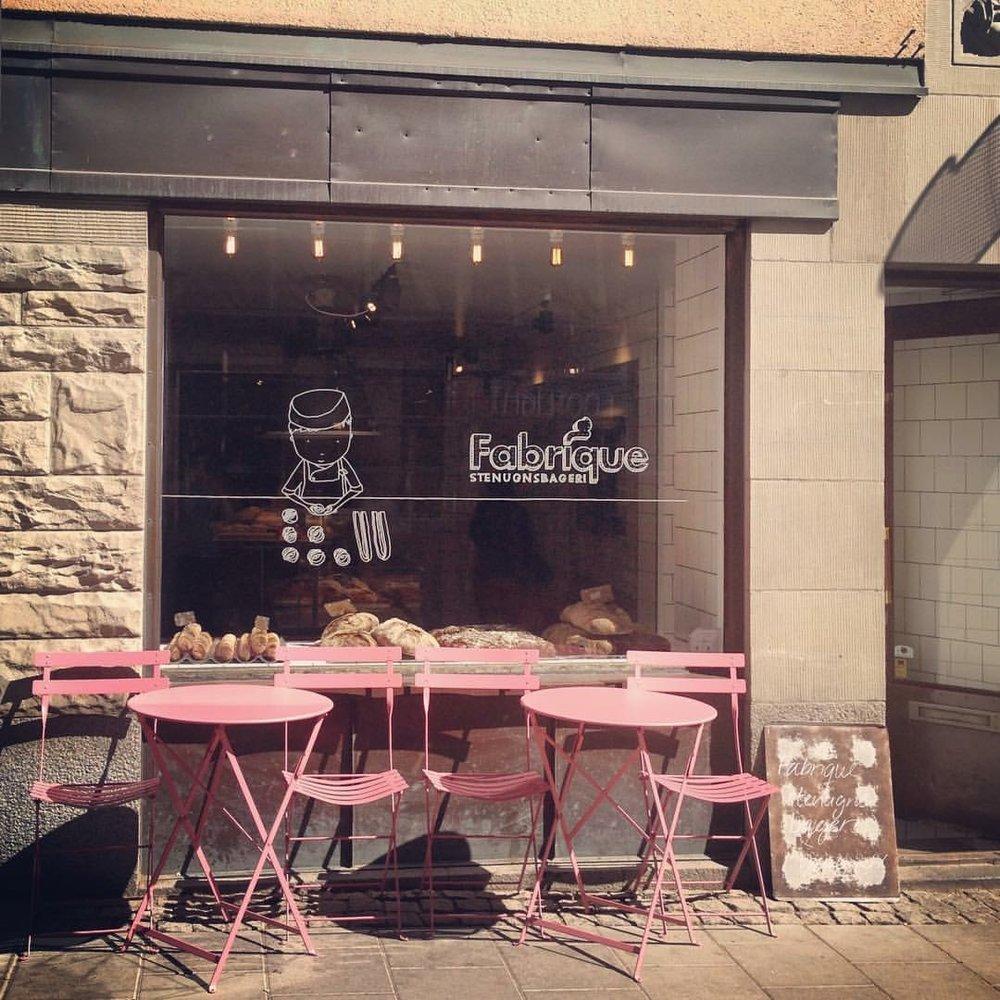 Les cafés. Crédit photo : Valérie Martin