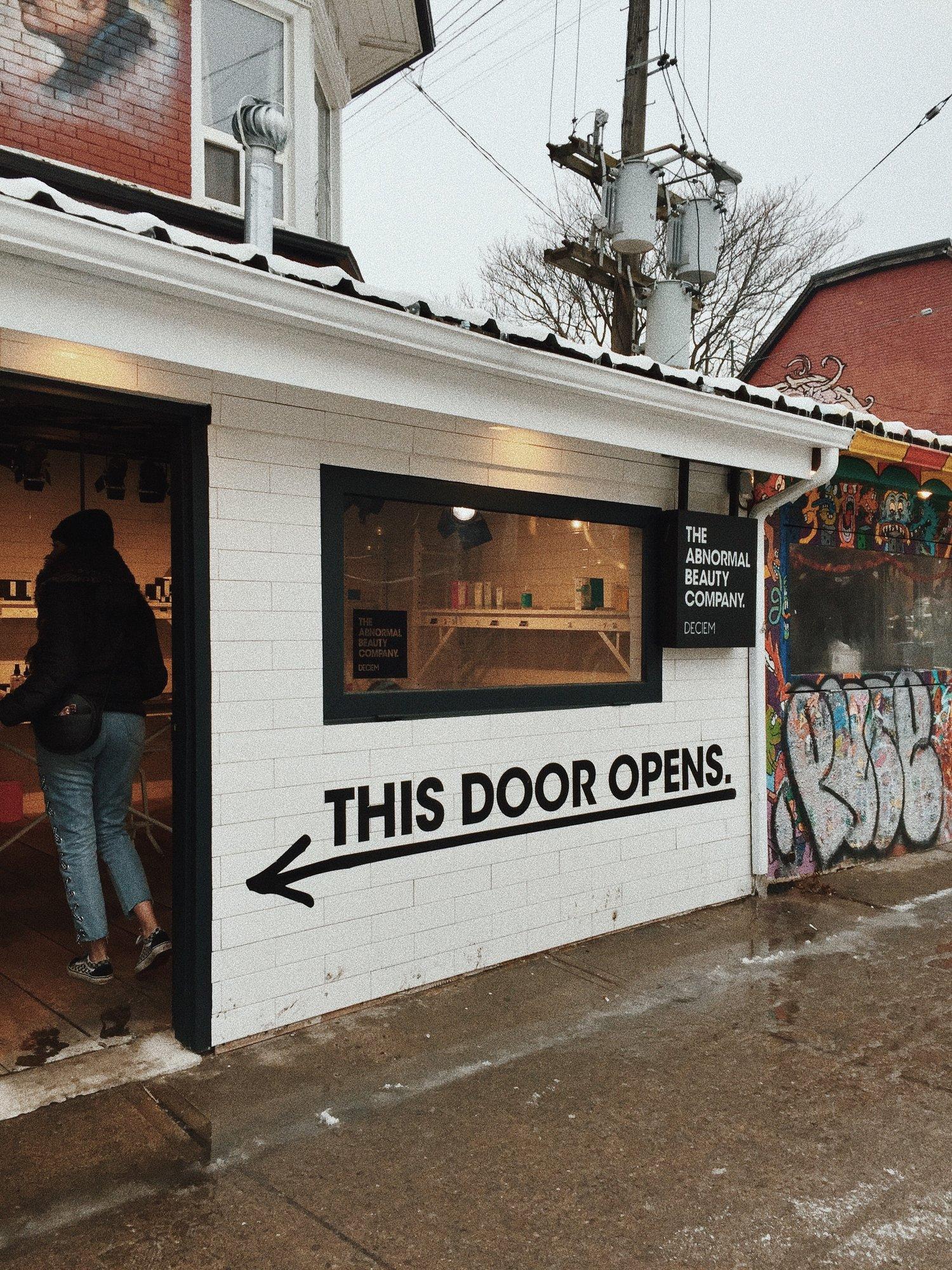 Photo: Anne St-Onge, Deciem Store Kesington Market