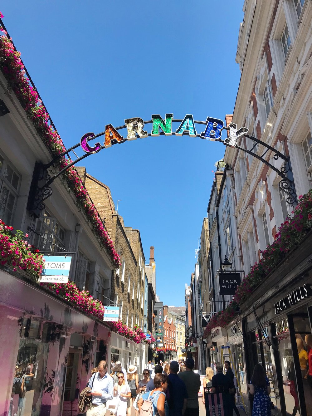 Carnaby Street - Photo credit: Lucía Ortega
