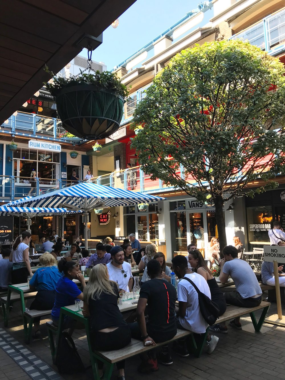Kingly Court - Photo credit: Lucía Ortega