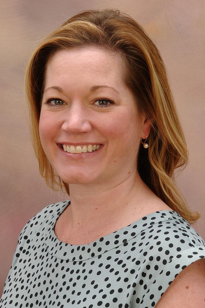 Leslie Sizemore, MD