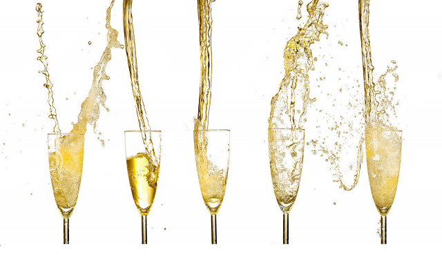 moet champagne .png