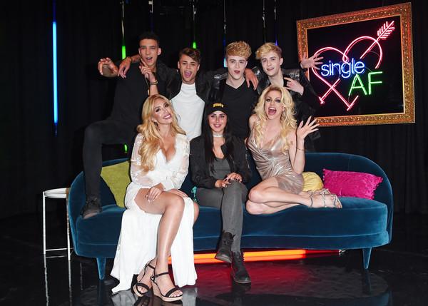Marnie+Simpson+MTV+New+Dating+Show+Single+POIo21F3eXbl.jpg