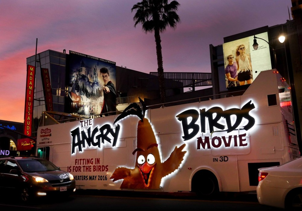 SONY Angry Birds: The Movie Illumination Bus Wrap