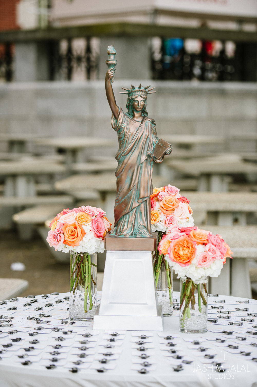 PLACECARDS WITH STATUE OF LIBERTY