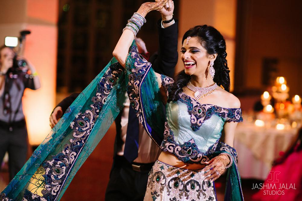 DANCING INDIAN BRIDE