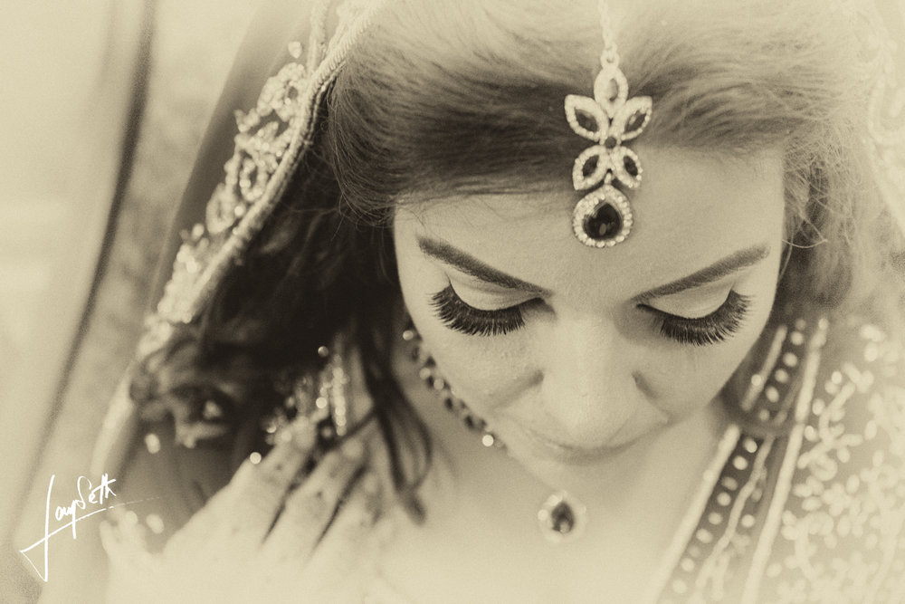 TOP SHOT OF BRIDE