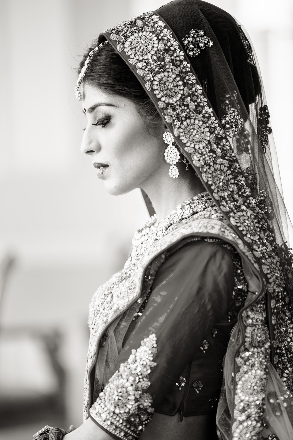 bride side look