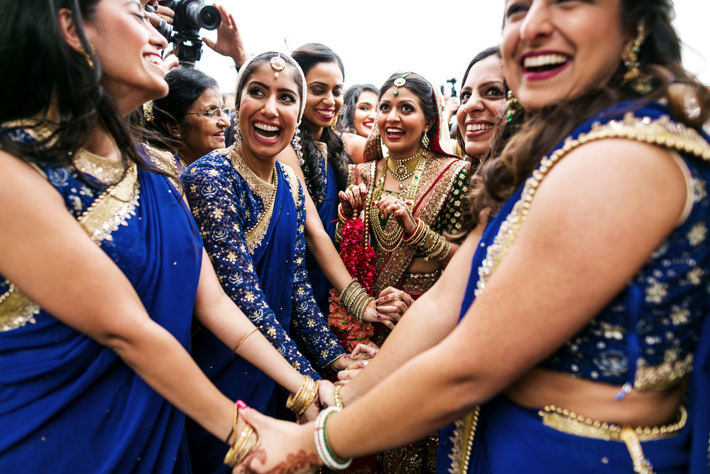 BRIDESMAIDS AT BARAAT.JPG