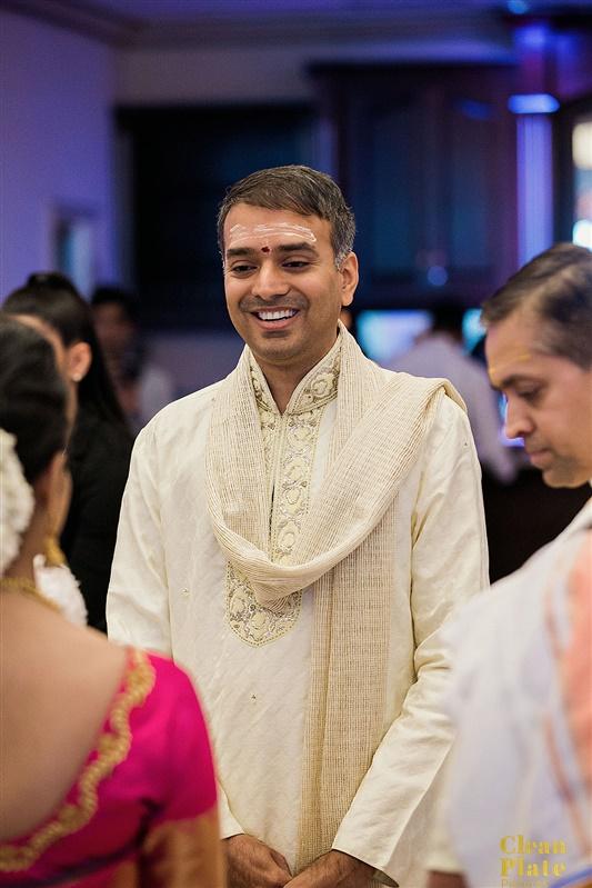 INDIAN GROOM HINDU WEDDING CEREMONY.jpg