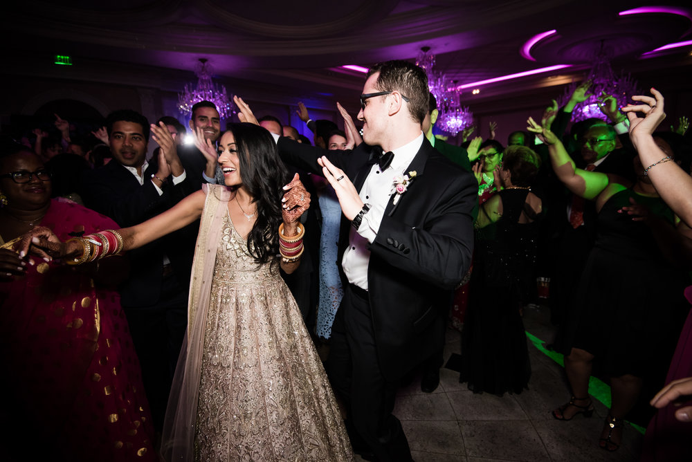 INDIAN WEDDING RECEPTION BRIDE AND GROOM DANCING 2.jpg