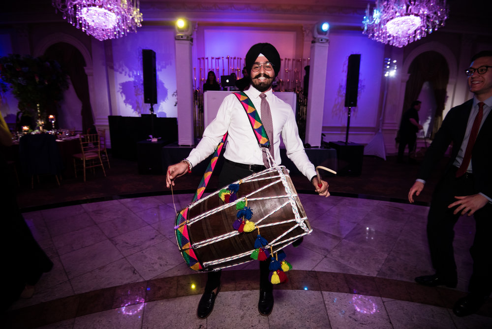 INDIAN WEDDING RECEPTION MUSICIAN.jpg
