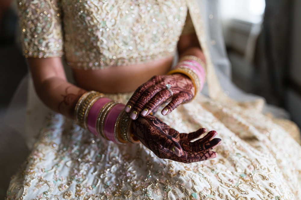 INDIAN WEDDING CEREMONY BRIDE HENNA.jpg