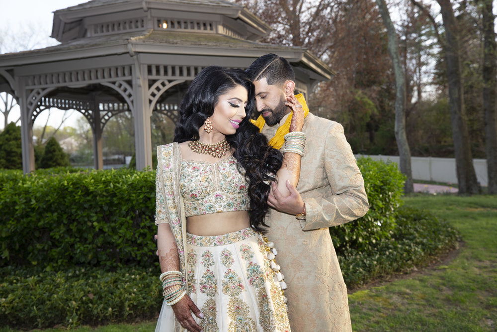 INDIAN WEDDING BRIDE AND GROOM 2.JPG