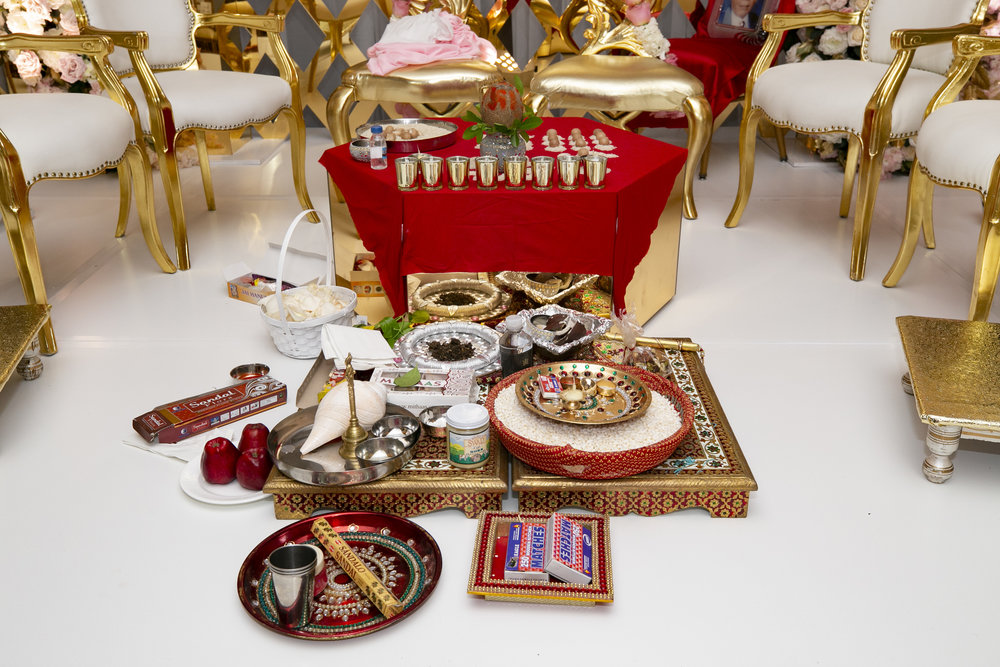 INDIAN WEDDING CEREMONY ALTER.JPG
