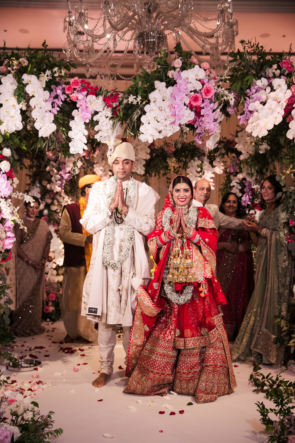INDIAN WEDDING BRIDE AND GROOM AT ALTER3.jpg