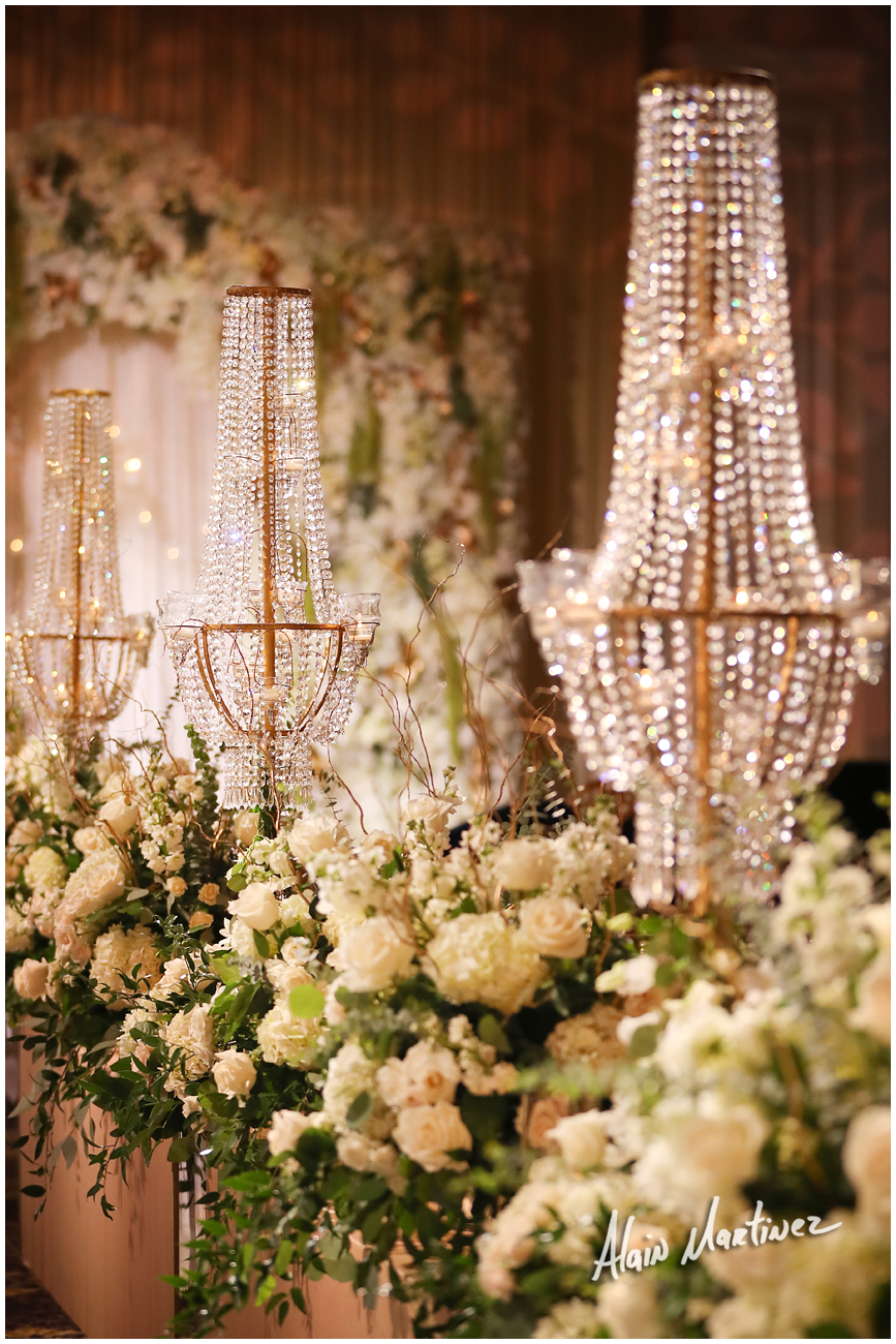 INDIAN WEDDING CENTERPIECE DECOR.jpg