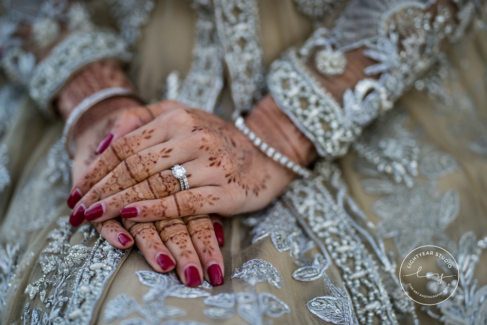 INDIAN WEDDING BRIDE HENNA.jpg