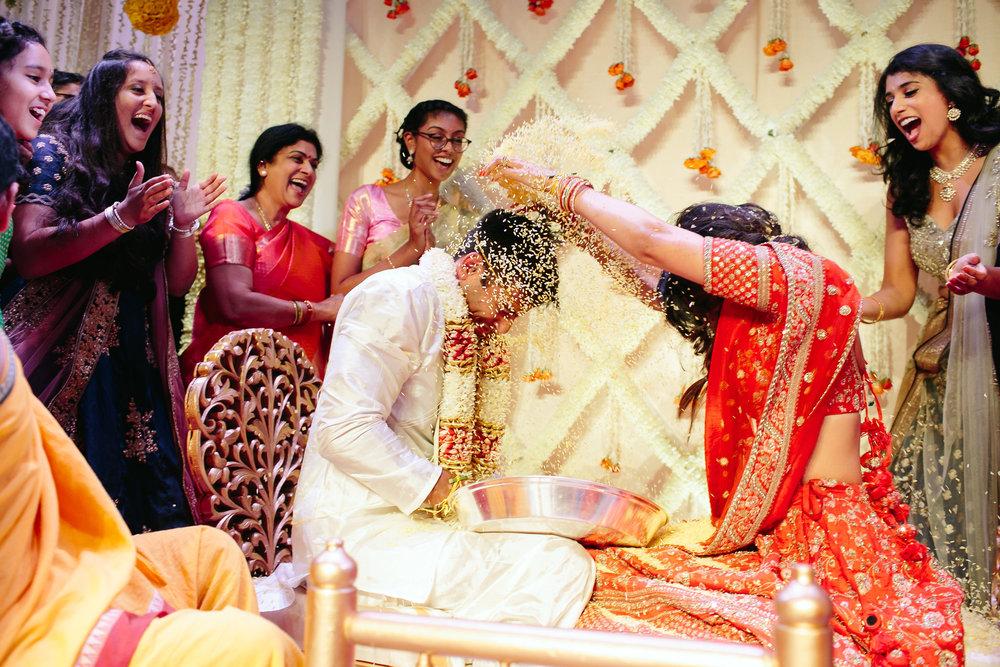 INDIAN WEDDING RICE THROWING.jpg