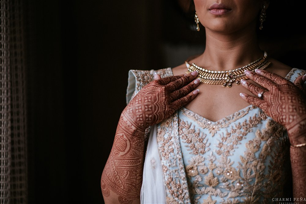 INDIAN WEDDING BRIDE CLOSUP.jpg