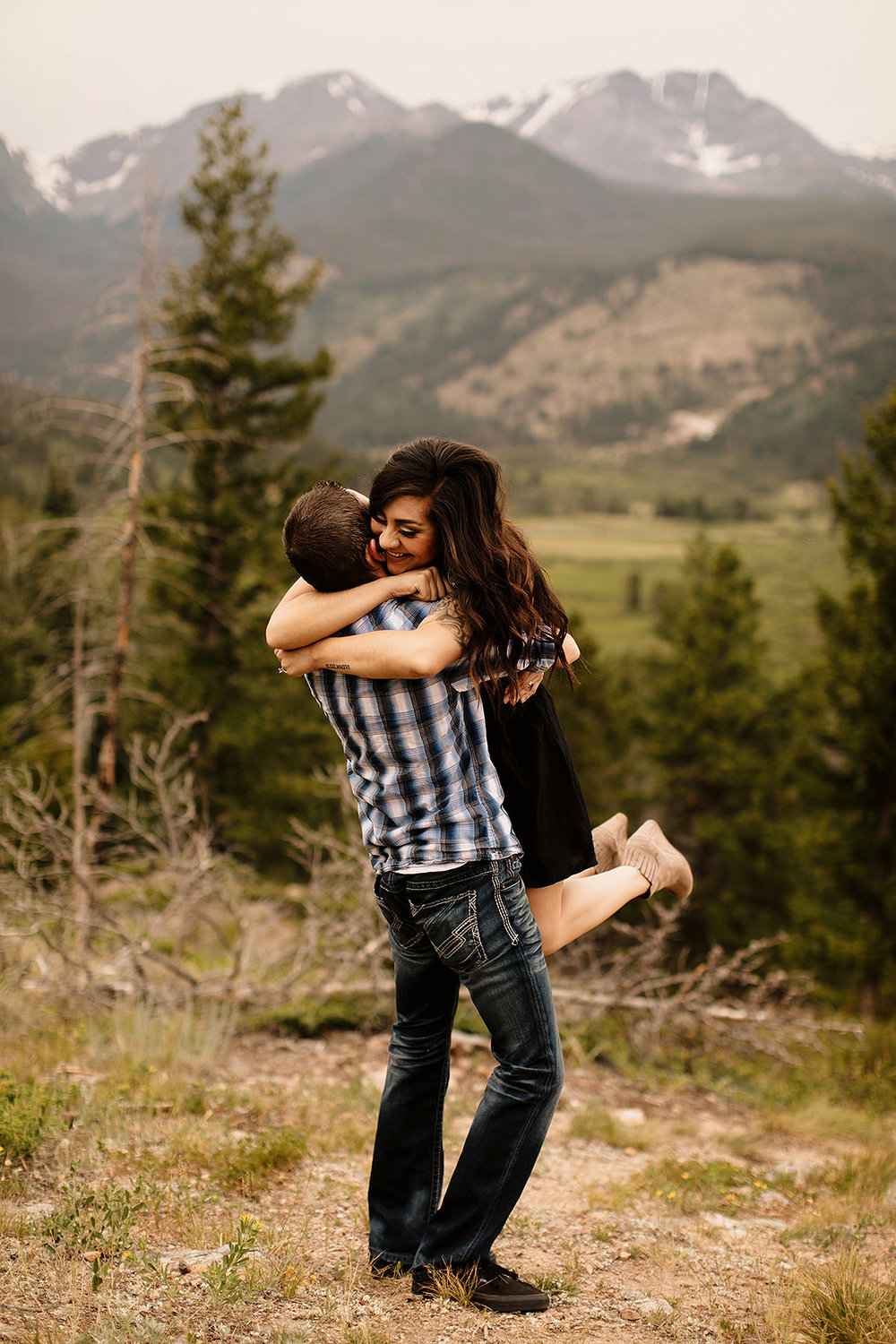 rocky mountain national park photoshoot session photography photographer liz osban colorado engagement elopement love couples film wyoming adventure wedding adrianna devin reikens