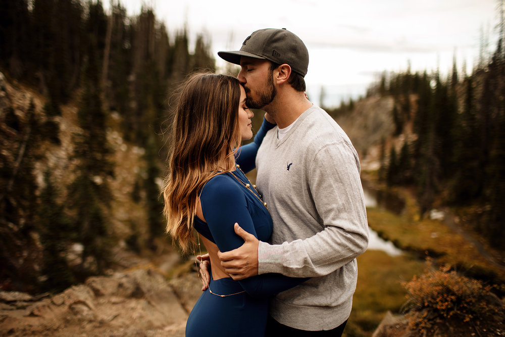 Liz Osban Photography Cheyenne Wyoming Engagement Wedding Photographer couple adventure elopement wedding laramie denver fort collins colorado rocky mountain national park32.jpg