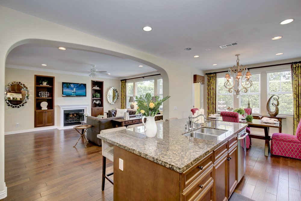 Elegant & Exquisite - SOLD by MARIA X for $860,0001028 Palmetto Way, Costa Mesa3 Bedrooms/2.5 Baths 2,242 sq.ft.