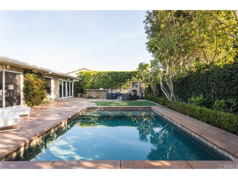 - Beautiful Home in the Ever Desirable Irvine Terrace in CDMSOLD by MARIA X for $2,950,0001531 SantanellaCorona del Mar, CA 92625