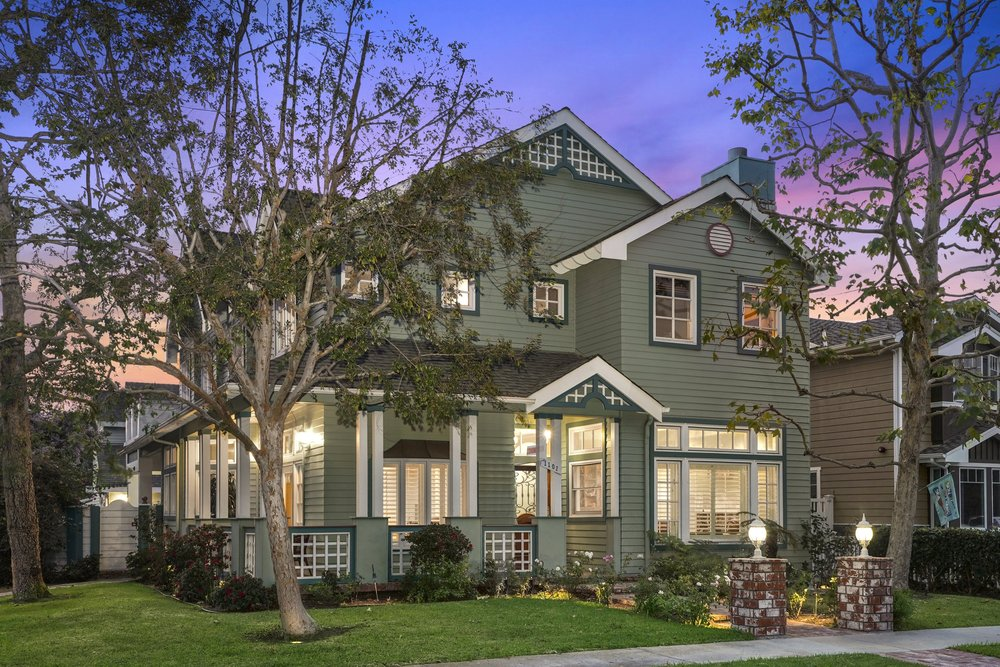 - Premier Location in Downtown HBSOLD by MARIA X for $2,200,0001101 Pine St. Huntington Beach4 Beds 3.5 Baths 4,000 Sq. Ft.