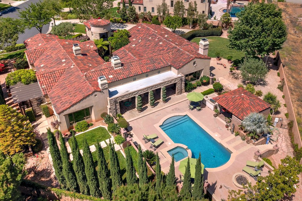 - Spectacular Hilltop EstateSOLD by MARIA X for $1,700,0001343 Versante Cir. Corona5 Beds/4.5 Baths/4826 sq ft Home/30,000+ sq ft Lot